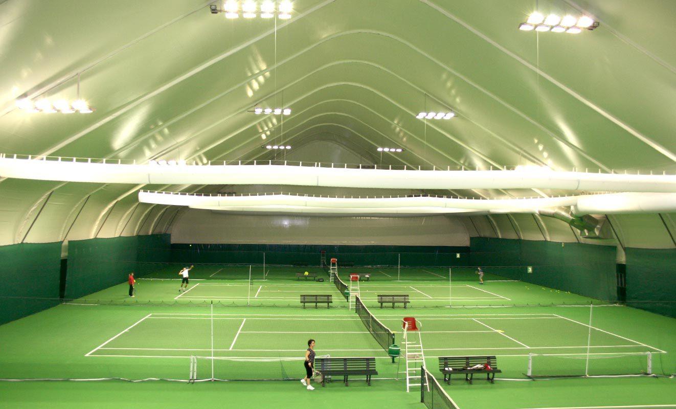 Освещение спортивного зала стадиона фото